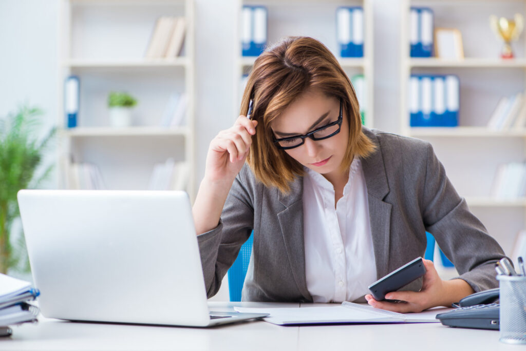 6 Great Reasons To Outsource Your Payroll